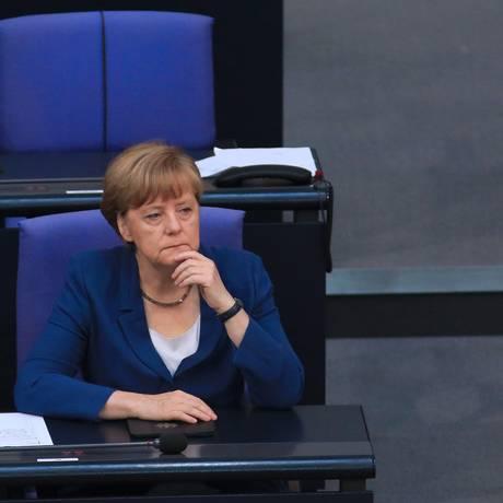 A chanceler alemã, Angela Merkel, em imagem de 3 de julho Foto: Krisztian Bocsi / Bloomberg