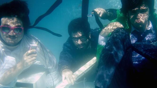 Yugo (esquerda), Salim e Millos em 2010: trio que chegou a ser atração do festival Back2Black reaparece renovado Foto: Divulgação