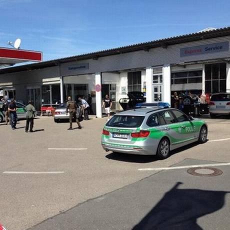 Suspeito foi preso em um posto de gasolina perto da cidade de Ansbach Foto: Reprodução Twitter