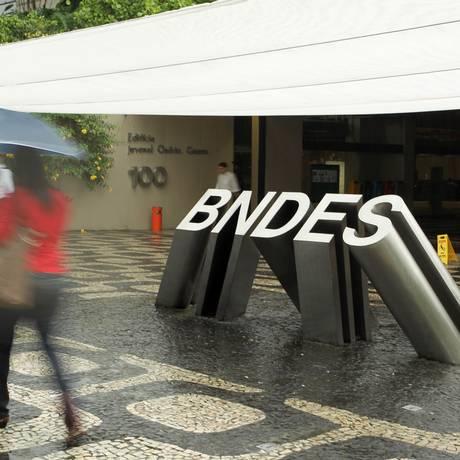 Prédio do BNDES, na Avenida Chile, no Centro Foto: Carlos Ivan / Agência O Globo