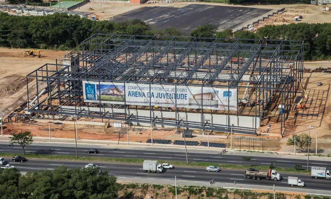 Estruturas metálicas formam o esqueleto da Arena da Juventude Renato Sette Camara / Divulgação/Prefeitura do Rio