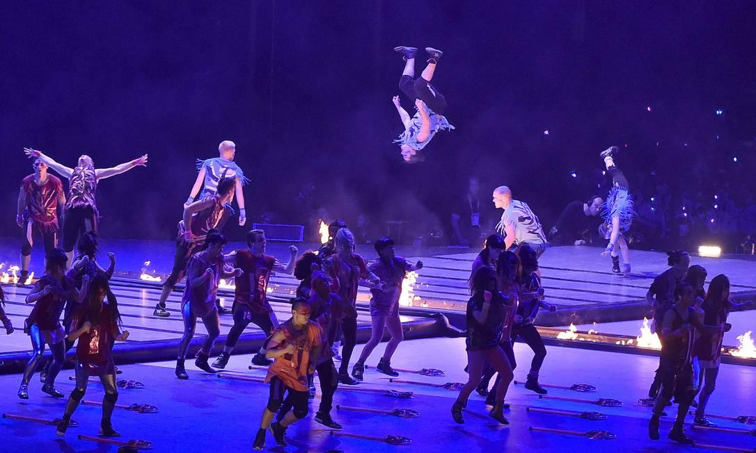 A cerimônia contou com um show de luzes e performances OMAR TORRES / AFP