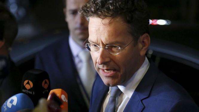 Clima tenso. Jeroen Dijsselbloem conversou com a imprensa na noite de sábado após a reunião do Eurogroup Foto: FRANCOIS LENOIR / REUTERS
