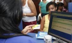 Cadastro do Bolsa Família em agência da Caixa Foto: Douglas Macedo/divulgação
