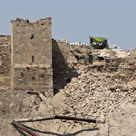 Cidadela é área protegida pela Unesco, mas tem sido utilizada nos confrontos entre governo e rebeldes Foto: Abdalrhman Ismail / REUTERS