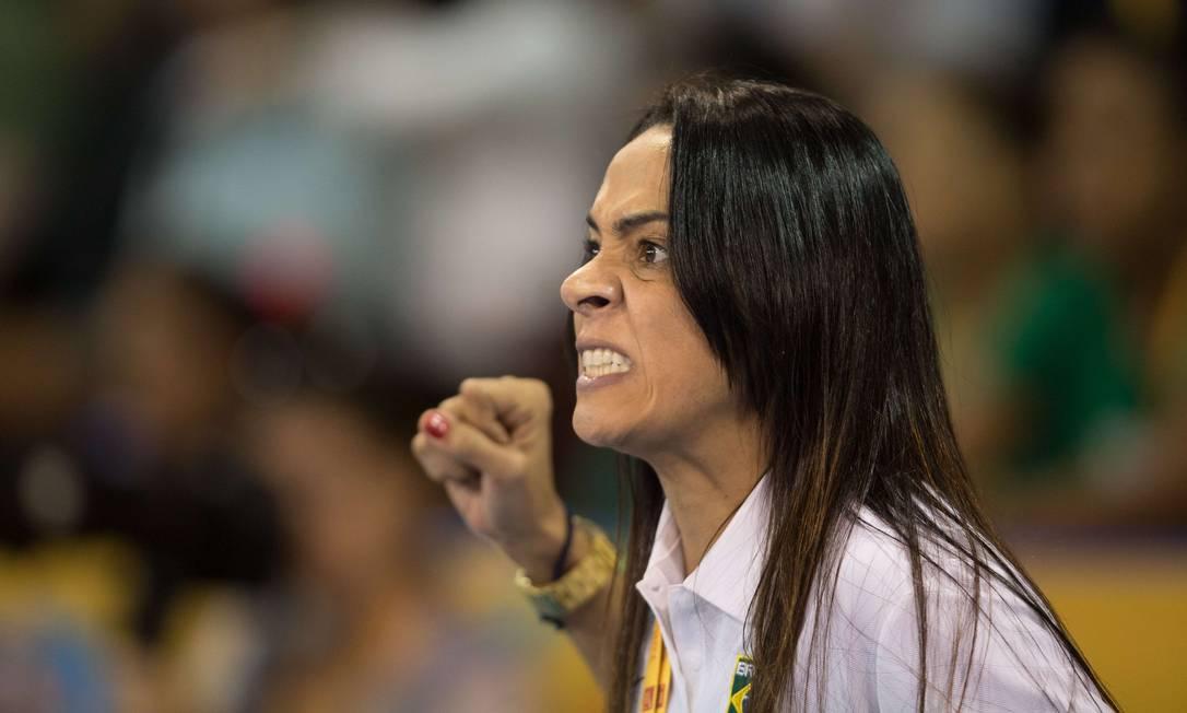 A impressão é que Rosicleia vai a qualquer momento entrar no dojô e lutar junto com a judoca brasileira GEOFF ROBINS / AFP