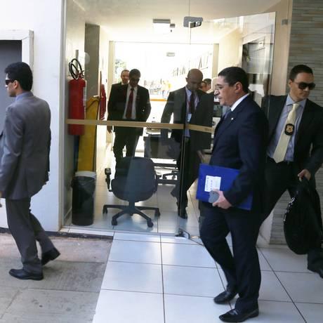 Em julho, PF apreendeu documentos no apartamento funcional do Senador Fernando Collor (PTB-AL) Foto: Ailton de Freitas / Agência O Globo