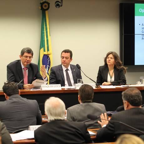 Joaquim Levy, ministro da Fazenda, fala em reestruturação do Conselho Administrativo de Recursos Fiscais (Carf) Foto: Jorge William / Agência O Globo