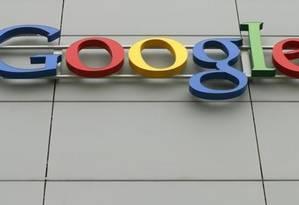 A logo do Google na sede da empresa em Zurique Foto: © Arnd Wiegmann / Reuters