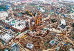Vista aérea da construção do novo parque da Disney, que será na China Foto: CHINA STRINGER NETWORK / Reuters