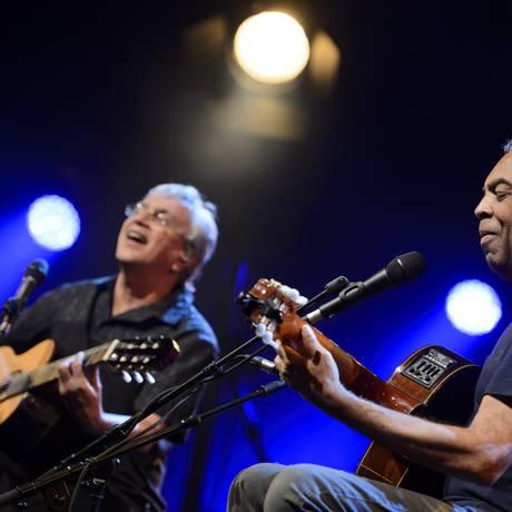 Caetano Veloso e Gilberto Gil no Festival de Montreux Foto: Laurent Gillieron / AP