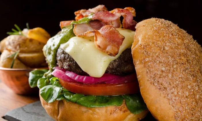 Burger Kobe do Via Sete Foto: Lipe Borges / Divulgação