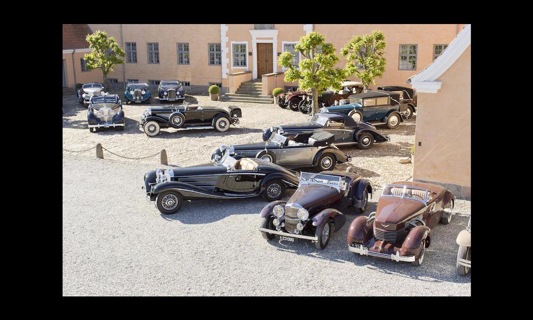Apesar da maioria dos automóveis pertencer ao período anterior à Segunda Guerra Mundial, todos se encontram em condições de uso Divulgação/Bonhams