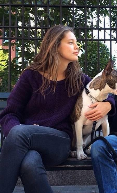 Durante seus passeios pelos parques de Nova York, Neville fez amizade com a top americana Emily DiDonato Foto: Reprodução/ Instagram