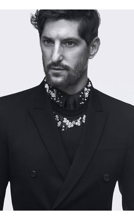 O americano Tony Ward já foi namorado de Madonna. Mas sua carreira não para aí. Aos 52 anos, ele ainda é convocado para campanhas de grifes badaladas como Givenchy Foto: Divulgação
