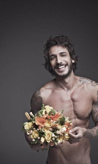 """Carentes: """"Homens também gostam de ser cortejados"""", finaliza o músico Marco Antonio Rezende / Agência O Globo"""