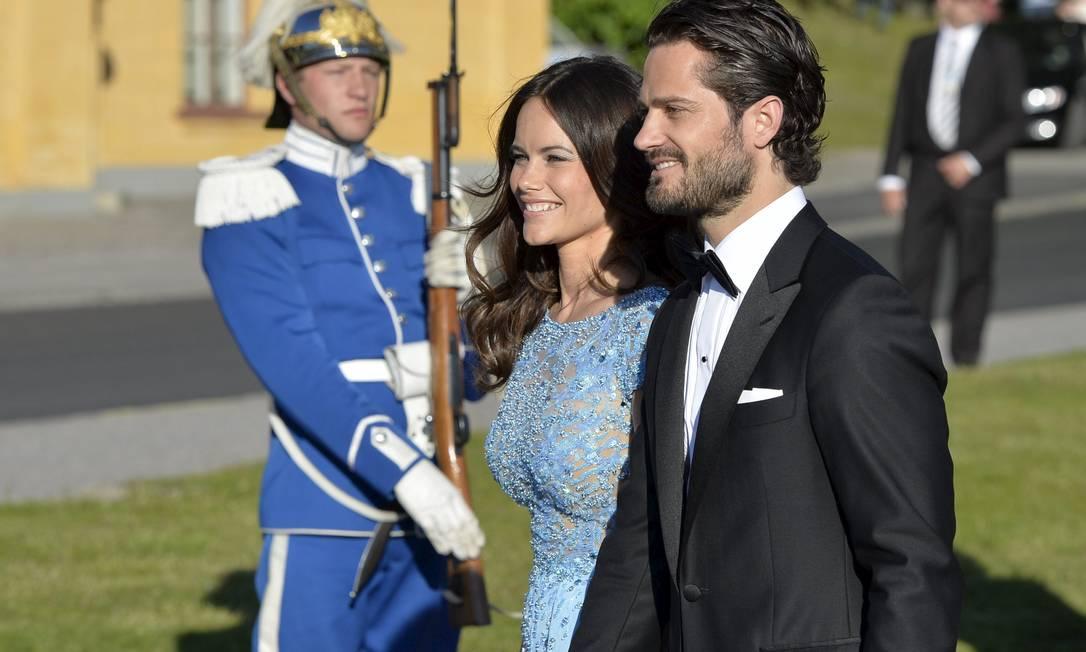 Sofia e o príncipe Carl Philip não escondem a felicidade TT NEWS AGENCY / REUTERS