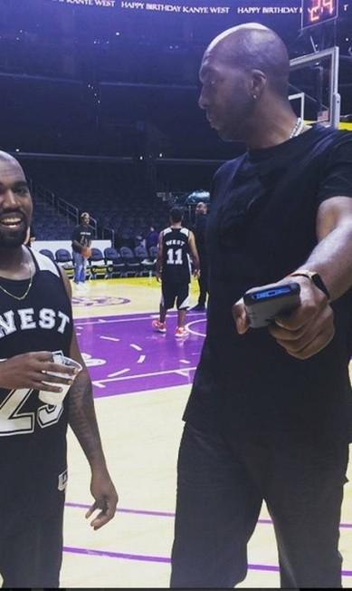 Mais do jogo-festa de Kanye West Reprodução/ Instagram