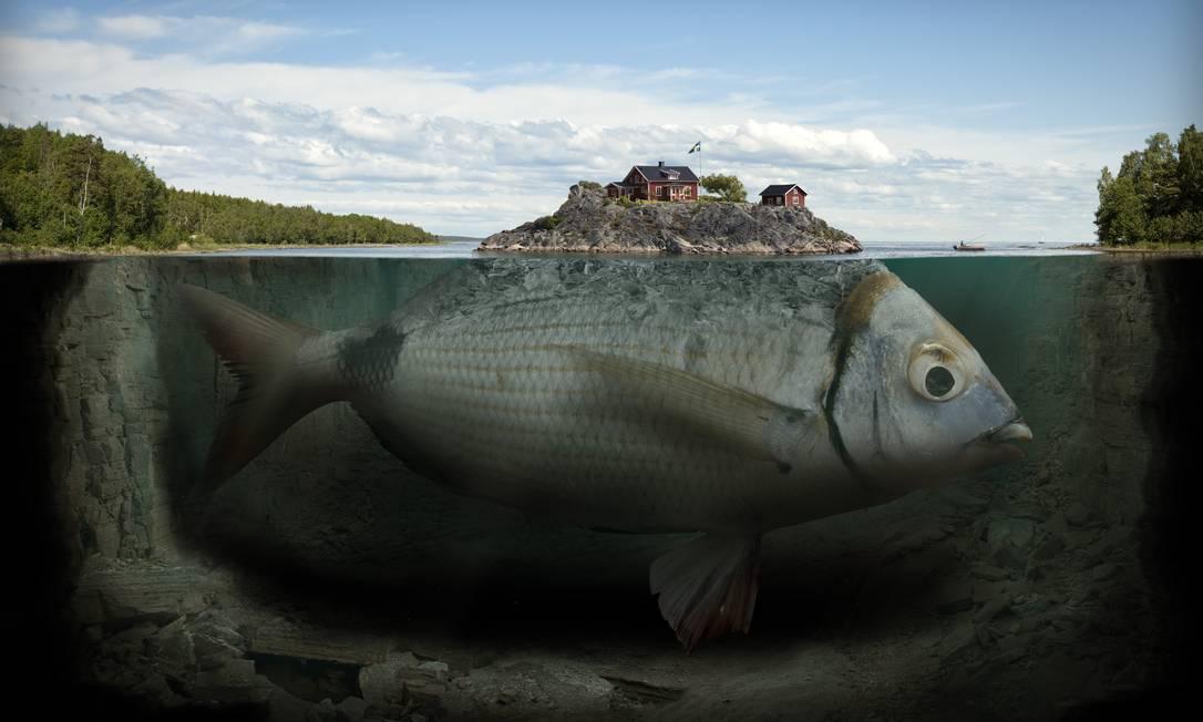 """Fishy Island"", 2009 Erik Johansson"