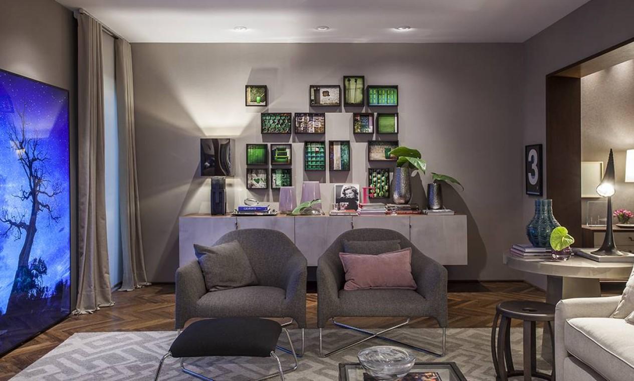 O Loft Cosmopolita de Fernando Piva foi criado para ser habitado por um casal sofisticado em qualquer lugar do mundo. Na decoração, predominam os tons sóbrios, com influências de alfaiataria Foto: Divulgação