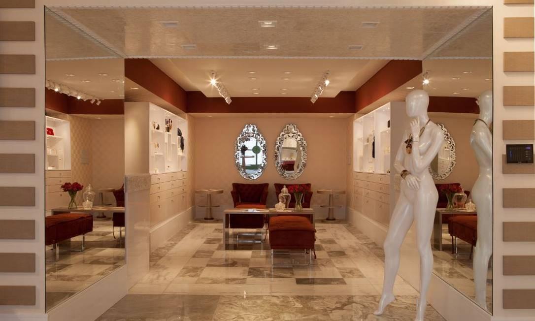 A joalheria de Adriana Scartaris e Semara Brito foi criada para ser um espaço comercial com cara de casa Foto: Divulgação