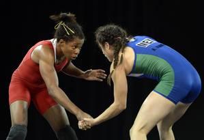 Joice Souza, à esquerda, conquistou ouro inédito Foto: Eric Bolte / USA Today Sports