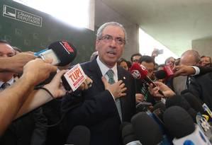Presidente da Câmara, Eduardo Cunha, em coletiva de imprensa nesta sexta-feira Foto: André Coelho / Agência O Globo