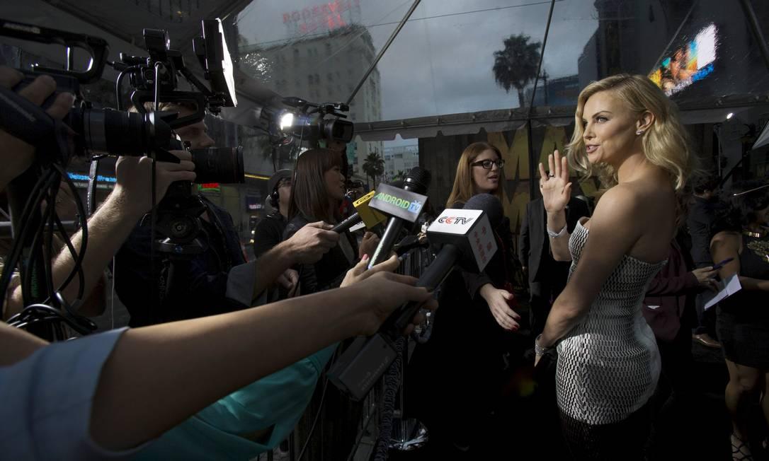 Charlize Theron: musa no red carpet MARIO ANZUONI / REUTERS