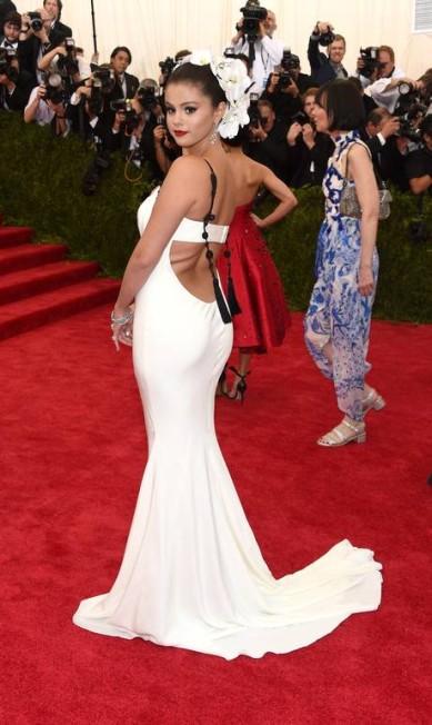 Mais da nova silhueta de Selena Gomez Larry Busacca / AFP