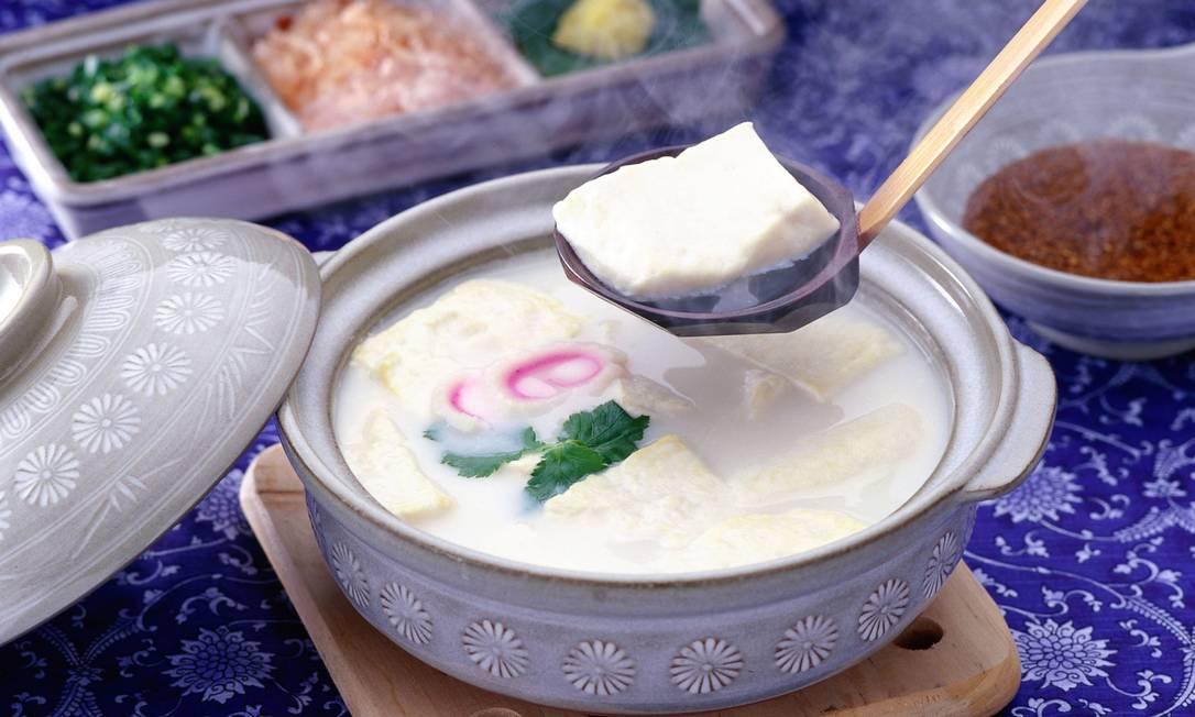 Tofu e produtos a base de soja contém fitoestrogênios, que, uma vez consumidos em excesso, podem diminuir os níveis de testosterona Divulgação