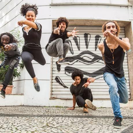 Integrantes da Companhia Urbana de Dança também vão se apresentar no FAL Foto: Agência O Globo / Bárbara Lopes