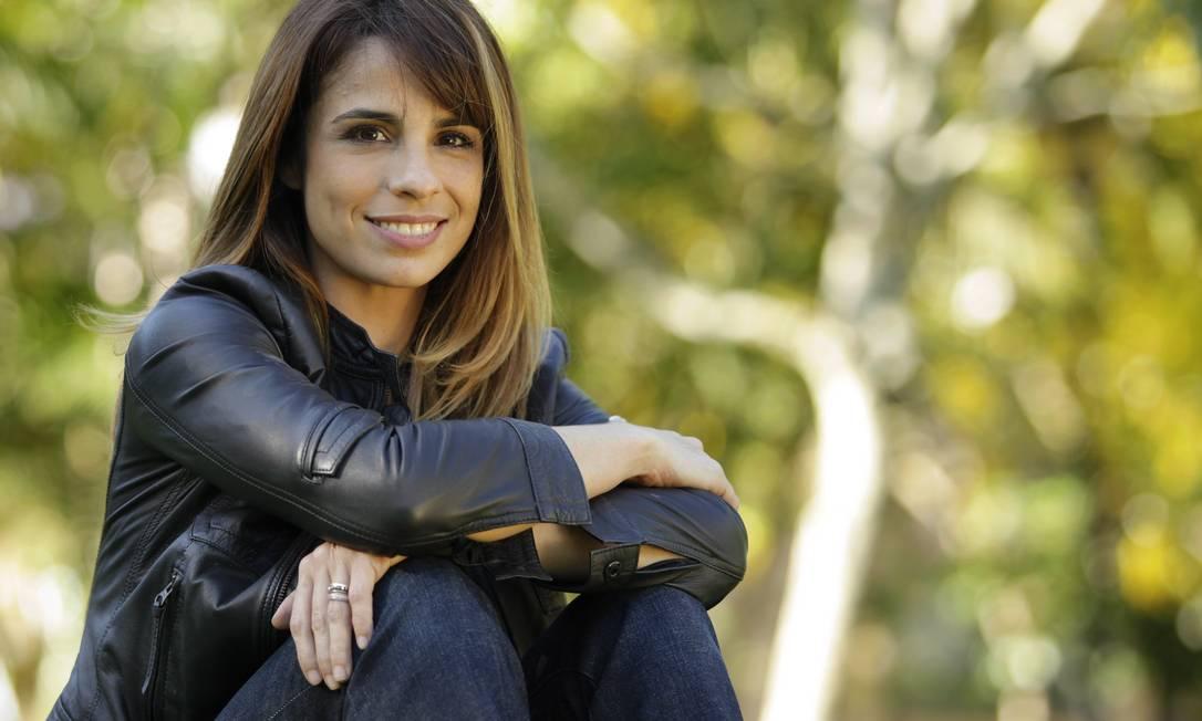 """Maria Ribeiro: """"No Brasil, as mulheres são minoria nos cargos de chefia. É óbvio que a gente ganha menos. Não sei se é o caso de ter cotas, mas é preciso levantar essa questão. Está mais do que na hora. Quando há mulheres no poder, as empresas crescem, porque olhamos as coisas de maneira diferente e isso soma."""" Fábio Guimarães / Agência O Globo"""