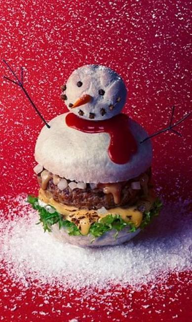 A versão de Natal lembra um boneco de neve Reprodução Fat & Furious Burger