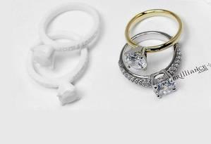 Anéis originais (direita) e suas réplicas em 3D (esquerda) Foto: Divulgação