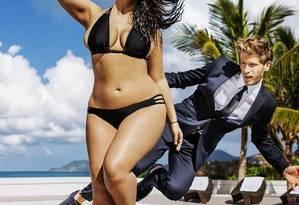Ashley Graham: #curvesinbikinis Foto: Divulgação