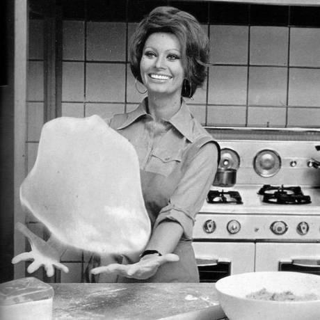 Sophia Loren na cozinha Foto: Terceiro / Reprodução