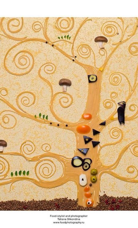 """A visão de Tatiana sobre a """"A árvore da vida"""", do austríaco Gustav Klimt Tatiana Shkondina"""