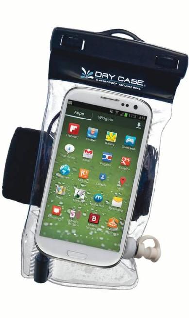 Em pleno verão, a Dry Case, capa a prova d'água para celular, promete vir a calhar para todo mundo. R$ 179 na iDream (www.lojaidream.com.br) Divulgação