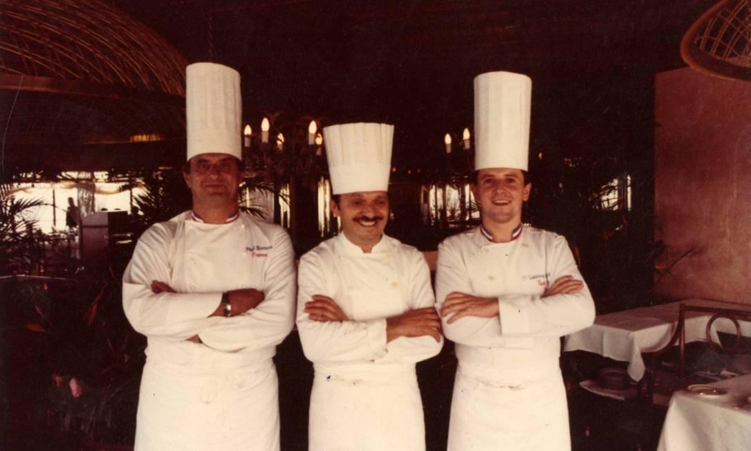 Laurent com Bocuse e Lenôtre (no meio) Foto: Terceiro / Arquivo Pessoal