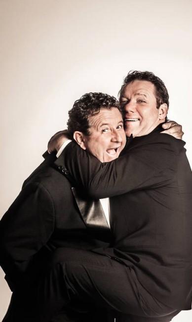 Responsáveis por trazer a nouvelle cuisine e amigos inseparáveis, os chefs Laurent Suaudeau e Claude Troisgros comemoram 35 anos de Brasil Marcelo Faustini / Divulgação