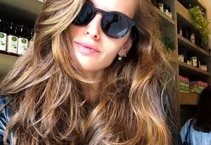 Iza Goulart: cabelos superbrilhantes Foto: Instagram
