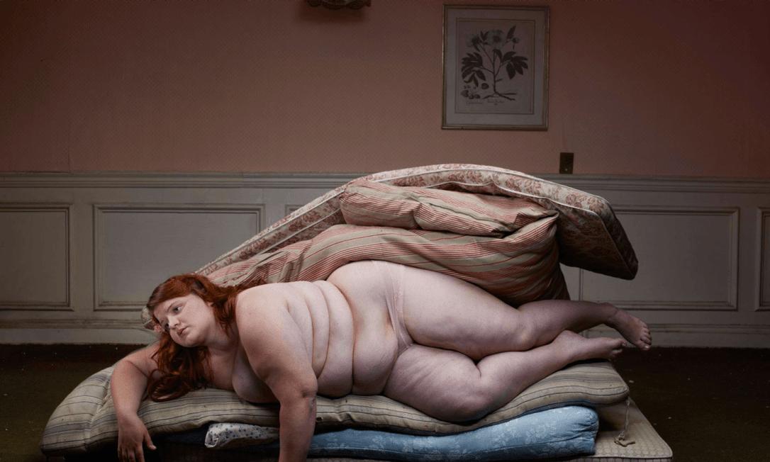 As imagens parecem até uma pintura de Botero Julia Fullerton-Batten
