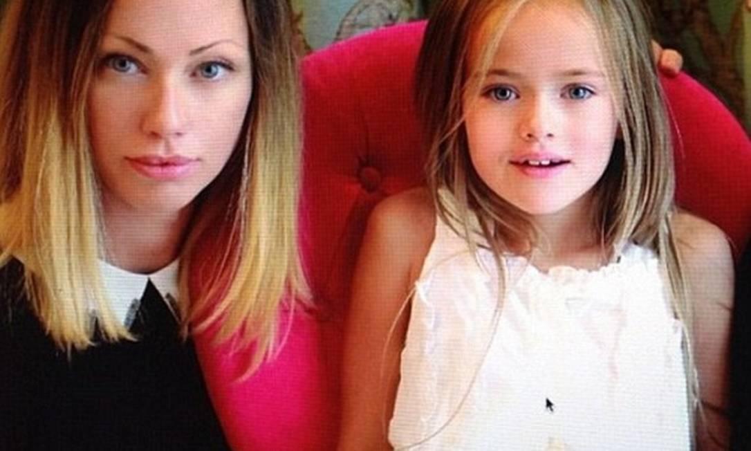 Mãe e filha posam juntas Instagram