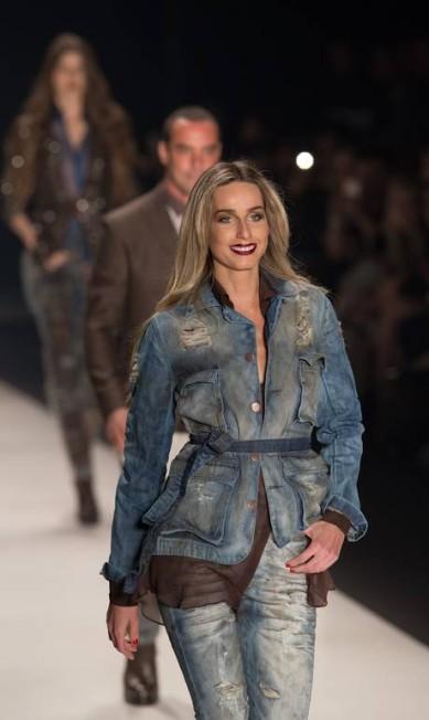 Para o inverno 2015, a TNG inspirou-se na cidade de Nimes, onde o jeans foi inventado em 1792 RICARDO NOGUEIRA / AFP