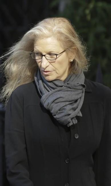 Annie Leibovitz, uma das maiores fotógrafas de moda do mundo, também esteve na Igreja de Santo Inácio de Loyola, no Upper East Side de Manhattan Frank Franklin II / AP