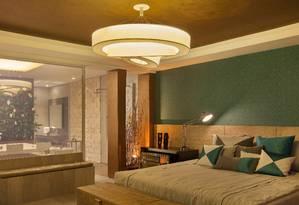Na iluminação de um quarto, projetada por Fernanda Vasconcellos, a nova lâmpada LED é utilizada no lustre com efeito tridimensional Foto: Divulgação