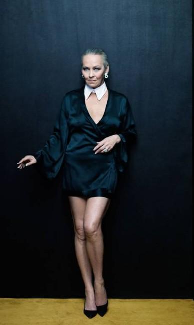 """Candace Jordan, de 60 anos, brilhou em 1979 como coelhinha, e hoje prefere dar expediente como colunista social. Mas ela jura ser ainda lembrada por seu trabalho na revista masculina: """"Muitas de nós ainda dá autógrafos. Os fãs da Playboy são muito respeitosos"""" New York Magazine / Divulgação"""