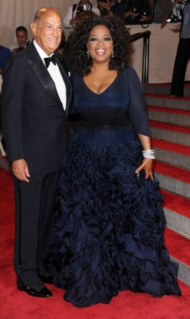 Em 2010, sua acompanhante no baile do MET foi a apresentadora Oprah Winfrey Evan Agostini / AP