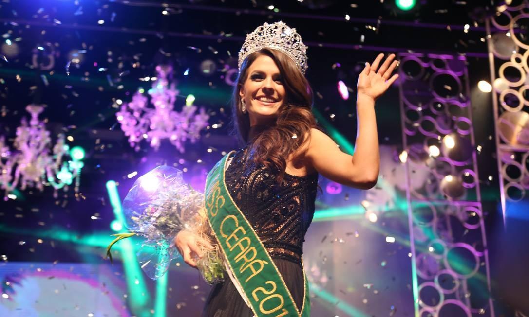 Na final do concurso de Miss Ceará 2014 TV Jangadeiro / Divulgação / TV Jangadeiro / Divulgação
