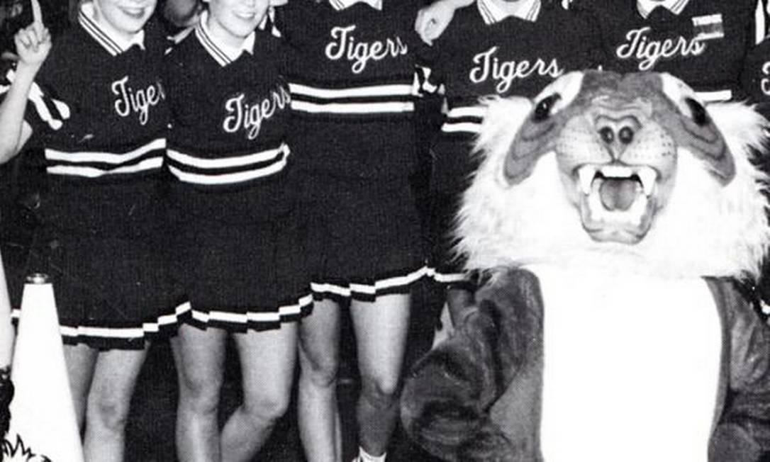 Renée Zellweger poderia fazer inveja à sua personagem Bridget Jones: ela foi cheerleader do Katy Junior High School, no Texas Reprodução / Anuário escolar